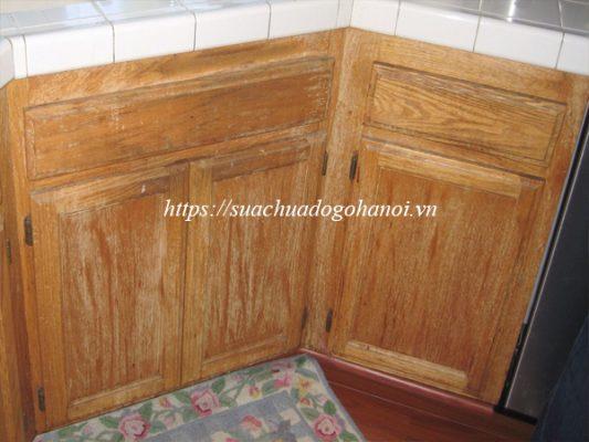 Nguyên nhân gây phai màu sơn tủ bếp