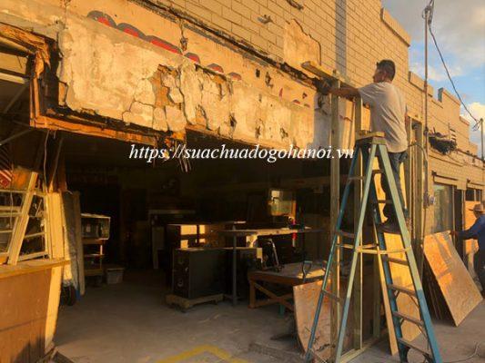 Tự sửa chữa đồ gỗ hay thuê dịch vụ sửa chữa đồ gỗ tại nhà