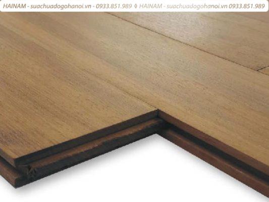 khóa sàn gỗ